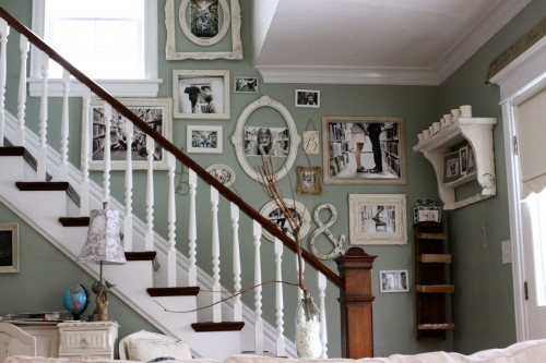dyingofcute:  wall art for the staircase