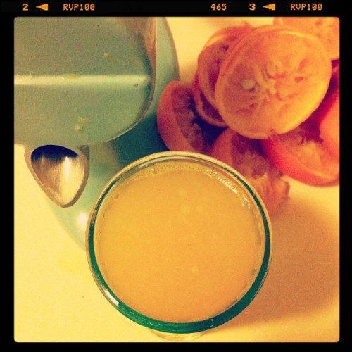 refreshing #orangejuice #squeezer #orange #vintagekitchen #juice (Taken with instagram)