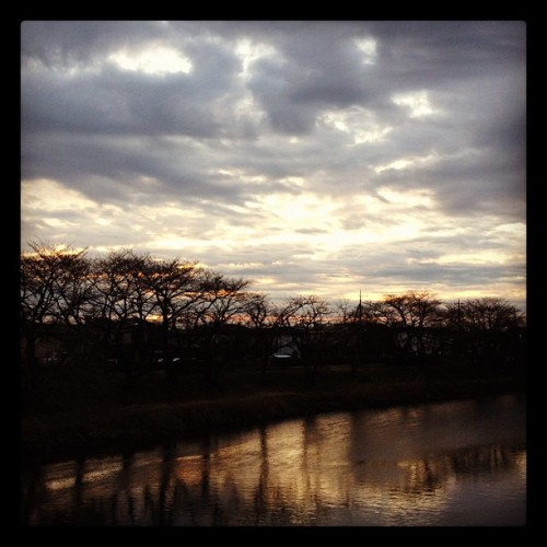 #goodmorning #sunrise #photooftheday #sky #clouds #river #riverside #instagram  (Taken with instagram)