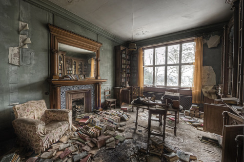 Abandoned library in manor house