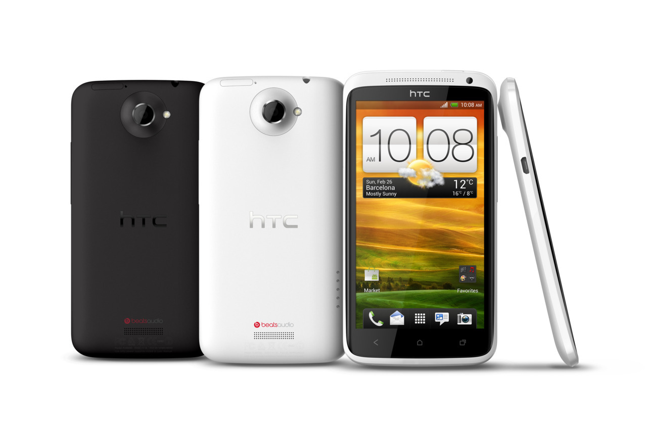HTC One X Amazing camera. Authentic sound.