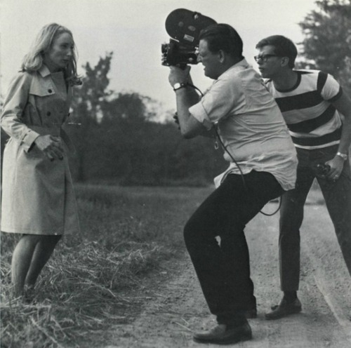 hellyeahhorrormovies:  On set of Night Of The Living Dead.