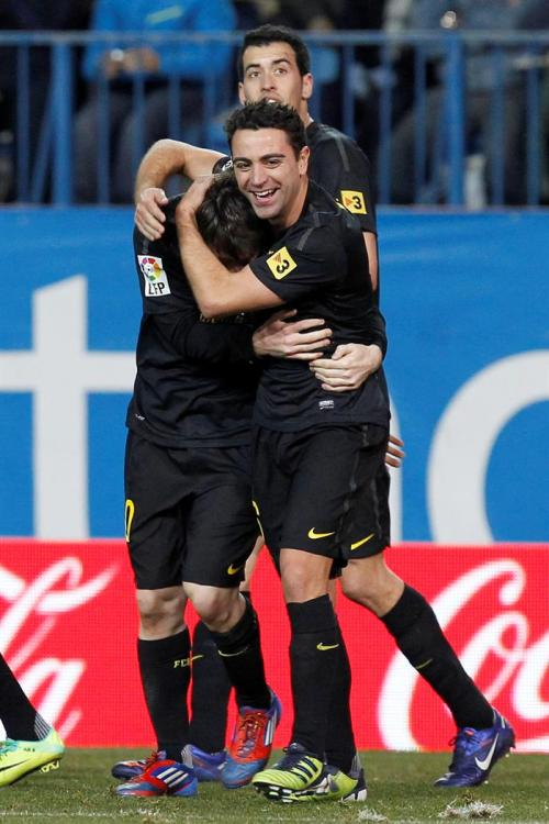 fcbmessi:  xavi, messi and busquets (HQ)OMG ! Xavi Smile - I'M DYING HERE !