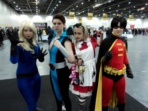 Ceci, Holly, Kerry and Janne! Aka, Invisible Woman, Namor the Sub-Mariner, Harley in Coo-Coo Land and Robin (Tim Drake).
