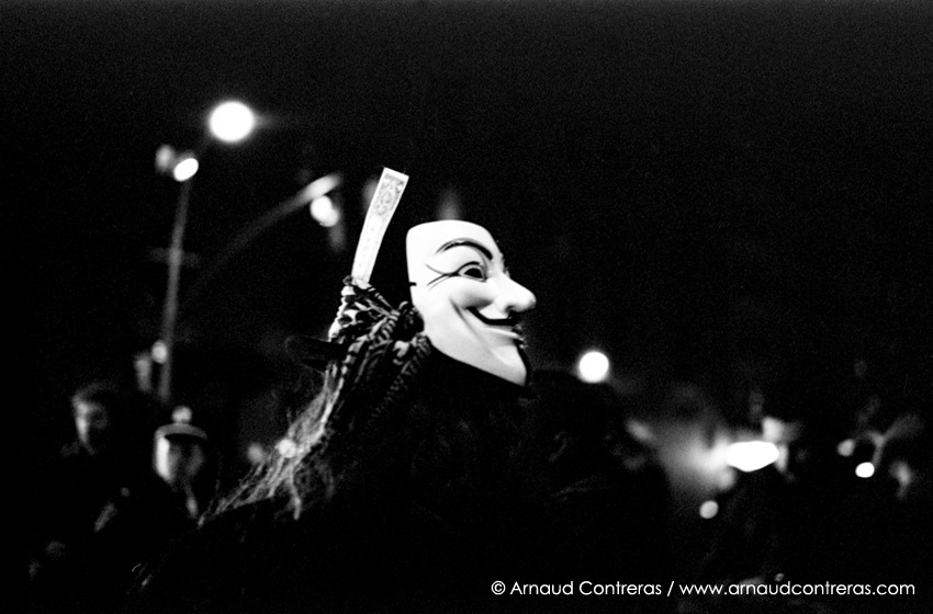 Anonymous Dollar. Occupy Wall Street demonstration. Solidarity Sunday with Oakland. NYC. 30/01/2012 © Arnaud Contreras http://arnaudcontreras.com