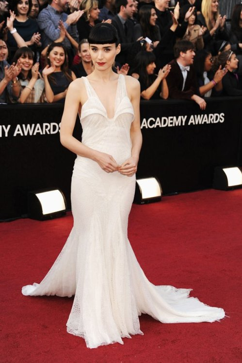 fashiongoggles:  Rooney Mara in Givenchy at 84th Academics Awards