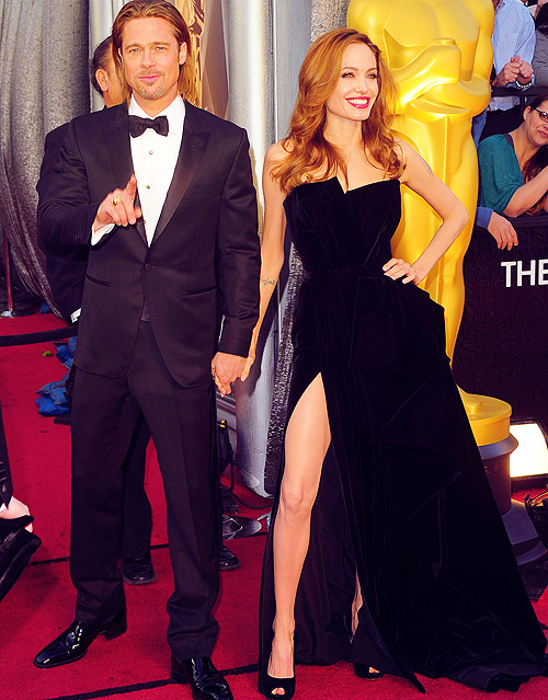 Angelina Jolie and Brad Pitt @ 84th Annual Academy Awards - Arrivals, Hollywood  DAT LEG.