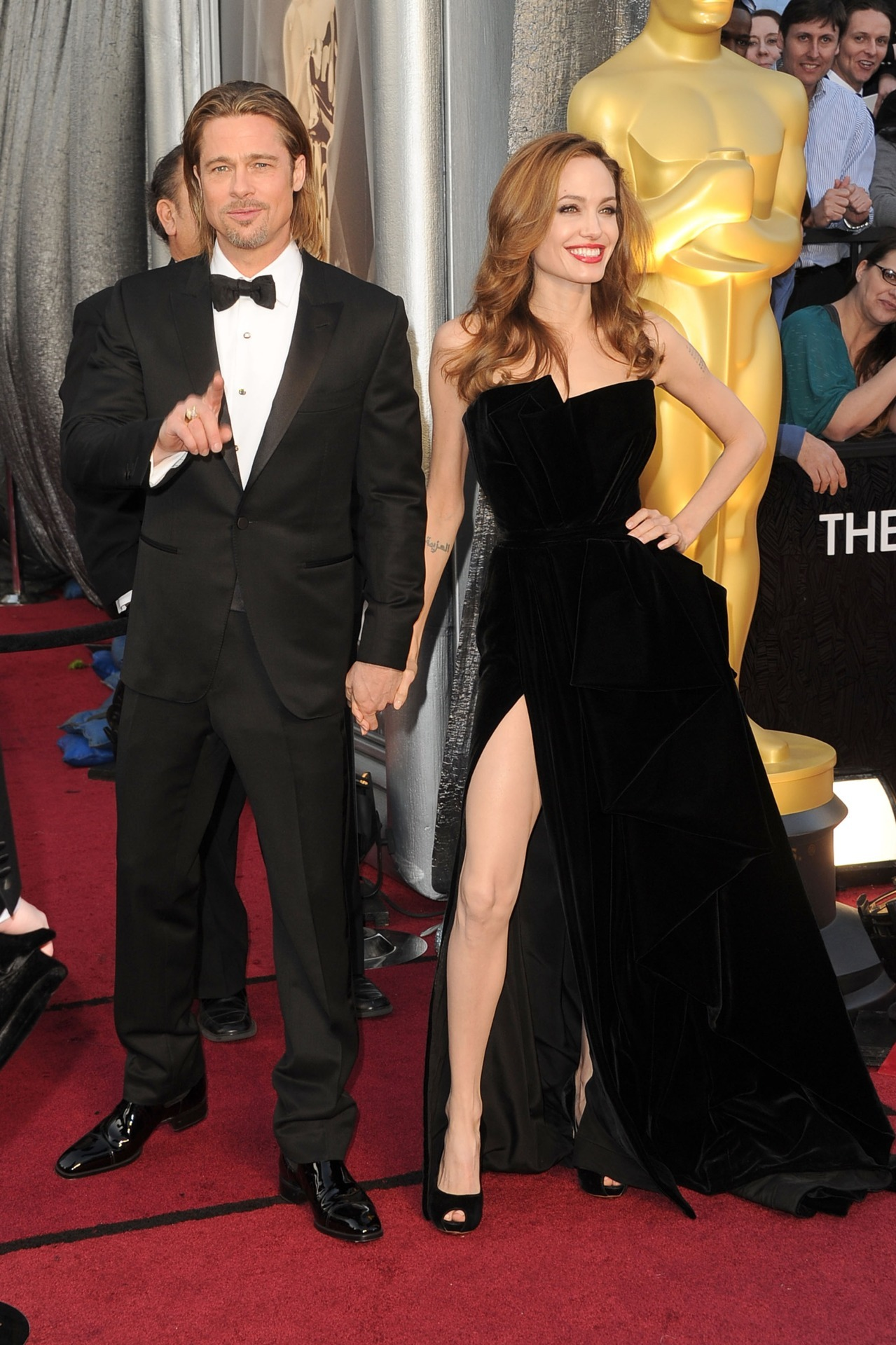 bohemea:  suicideblonde:  Brad Pitt and Angelina Jolie at the 2012 Oscars, February 26th OHMYGODOHMYGODOHMYGOD I CAN BARELY FORM COHERANT THOUGHT RIGHT NOW.  YOU KNOW THEY WERE LATE CUZ THEY WERE HAVING SOME LIMO SEX.    Yes.  Thank you for this beautiful moment in Oscar history.  #BRBSHAKINGANDCRYING  I'M SPEECHLESS! I'D SAY SOMETHING, BUT I'M SPEECHLESS!