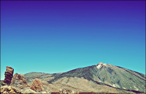 Sunny day at the Highest point of Spain. Padre Teide.
