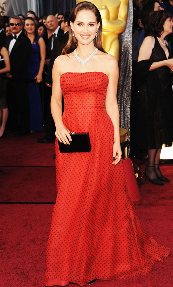 sampaguitanyc:  OSCARS RED CARPET 2012:  Natalie Portman