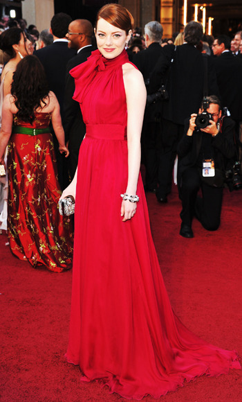 Emma Stone in a scarlet Giambattista Valli gown at the 2012 Oscars