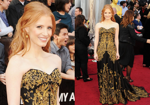 loveforfashion:  Jessica Chastain wore Alexander McQueen dress with Harry Winston jewels!  Her dress was amazing !! loved it !