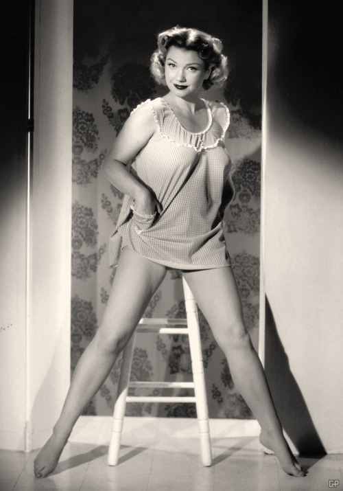 theniftyfifties:  Anne Baxter