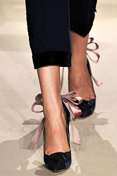 Aquilano.Rimondi Fall RTW 2012  OMG! I want these utterly feminine stilettos! (The floppy ribbons make it.)