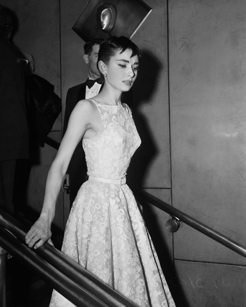 yvessaint:  rareaudreyhepburn:  At the 26th Annual Academy Awards, Audrey Hepburn wore a white floral, belted dress designed by couturier Hubert de Givenchy.  It was also the first time audiences saw Audrey wearing a Givenchy gown but definitely not the last. The actress and couturier developed a friendship that lasted over 40 years.  Damn thats some vintage ass Givenchy  flawless.