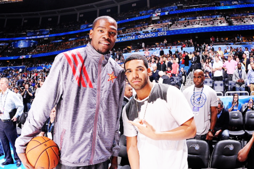 fuckyeahdraaake:  Kevin Durant & Drake pose at the All Star Game '12