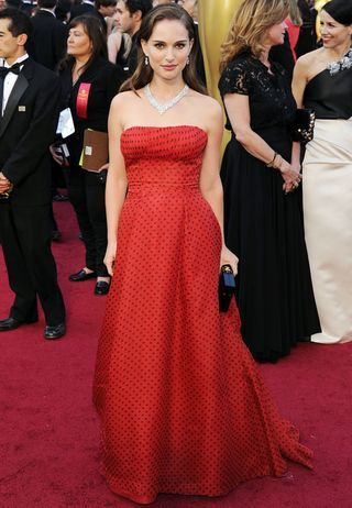 Natalie Portman is always right. It's vintage Dior from 1954. HelloOoOoOo~