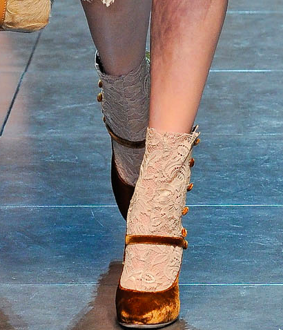 zygomatic:  THE SHOES! OMG! THE SHOES AT DOLCE & GABBANA!  Hello serious shoe porn.