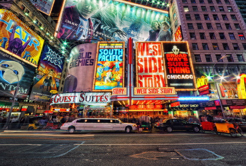 Current work desktop wallpaper. I have dreams of going to Broadway and watch all the musicals I can. I hope that someday, this will be a reality for me.