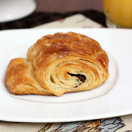 thecakebar:  Step by Step: Chocolate Croissants! (recipe/tutorial)