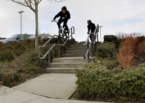 Matt Desson - Barspin to manual to double peg down kinker