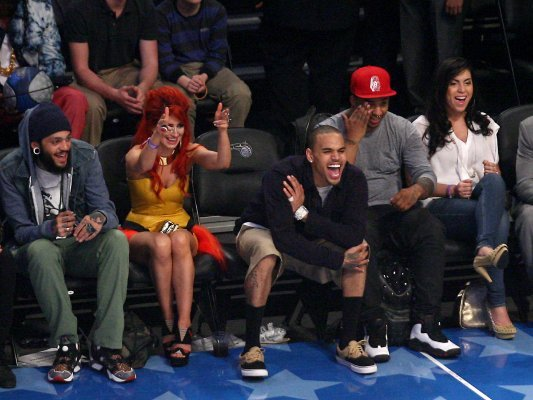 @TravieMcCoy @NeonHitch @Chrisbrown at the NBA All-Stars game 2012