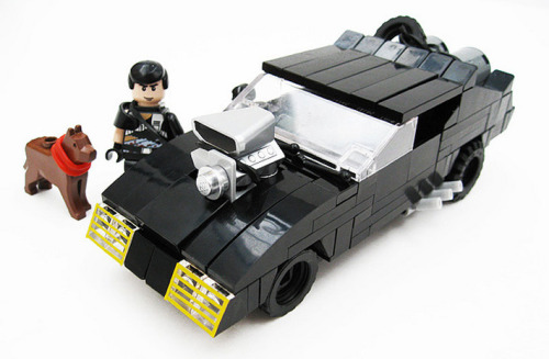 chromjuwelen:  (via Mad Max // The Interceptor Made Of Bricks // For Love And Glory)