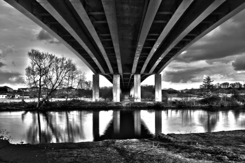 Went for a walk yesterday, found a bridge and thought I'd have a bash at HDR. Looks a little over the top but interesting effect…