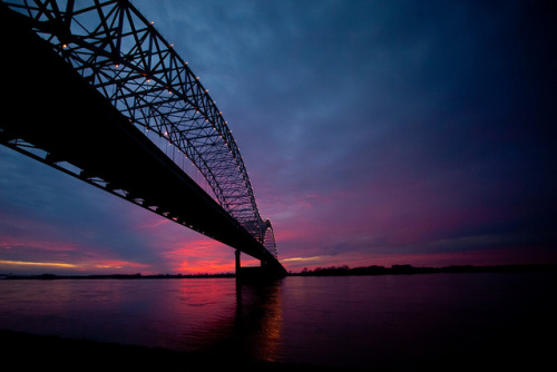 Sun Sets Over the Mississippi by Thomas Hawk on Flickr. Memphis, Tennessee.