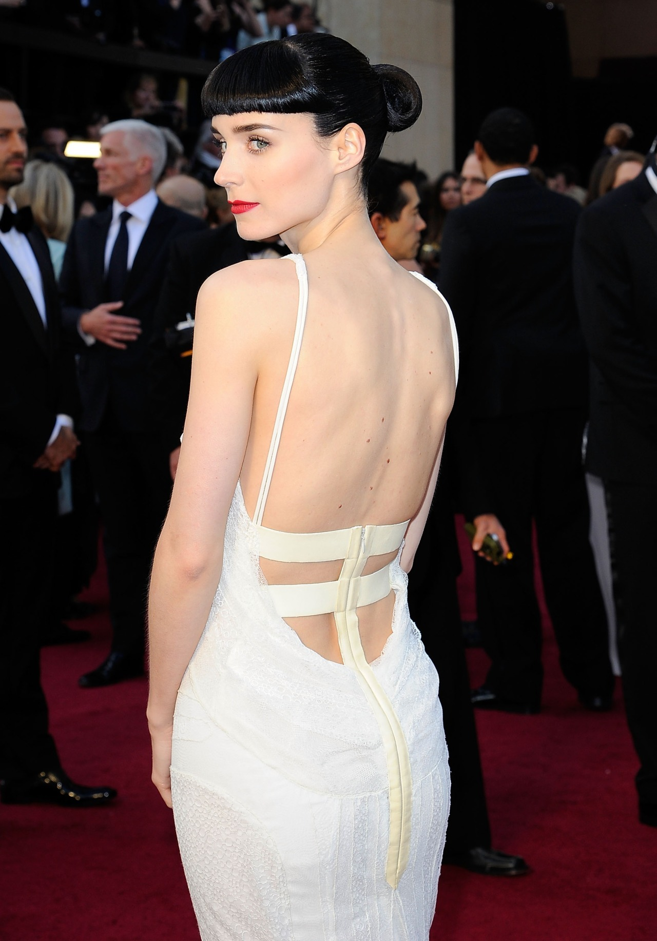 Rooney Mara at the 2012 Oscars, February 26th This was definitely one of my favorite dresses of the night.