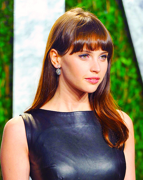 Felicity Jones @ Vanity Fair Oscar Party 2012
