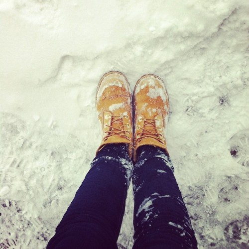#snow #winter #timberlands #shoes #cool #sweden #legs #jeans #cold #monday #february #2012 #ig #like #follow #iphone4 #photography  (Taken with instagram)