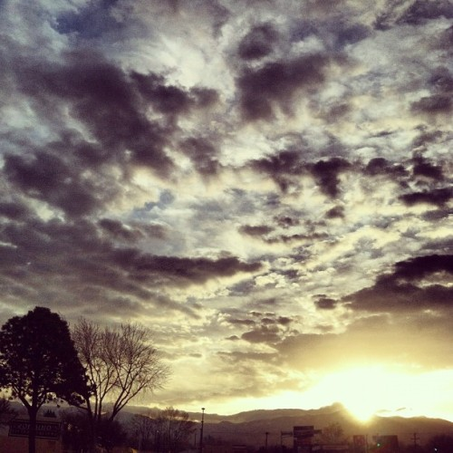whereoncewaslove:  Holy shit #albuquerque #sky  (Taken with instagram)