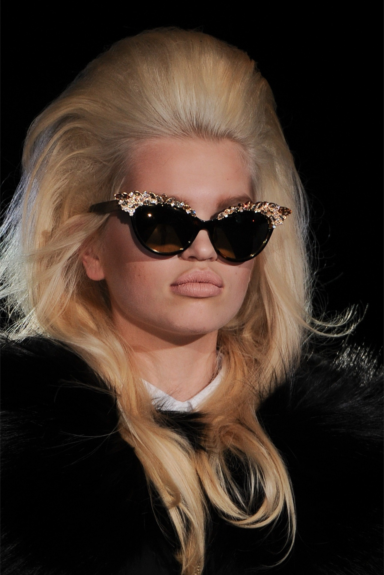 Models as dolls in Dsquared2 fw12. Daphne Groeneveld.