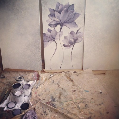 Art in progress with @JBPaintEffects #jbpainteffects #flower #canvas #painting #art  (Taken with instagram)
