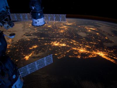 More space! inothernews:  MEGALOPOLIS   The Eastern Seaboard is seen alight from the International Space Station.  (Photo via NASA)
