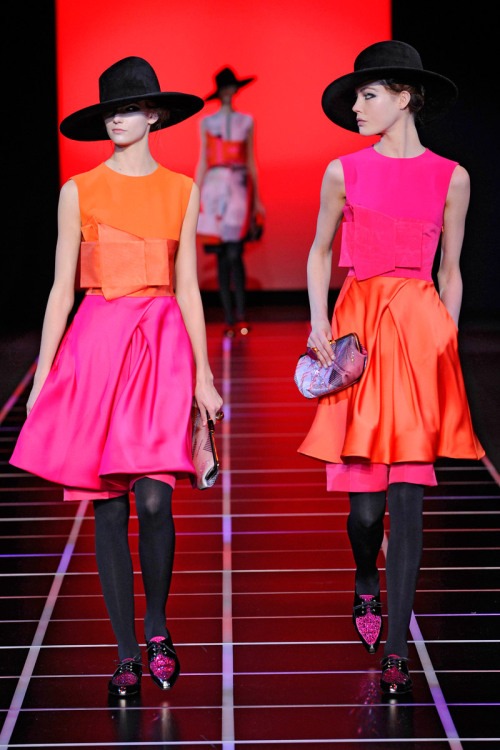 very very fabulous vogue:  Giorgio Armani Fall 2012 Photo: Olivier Claisse/firstVIEWVisit Vogue.com for the full collection and review.