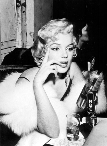Marilyn at the premiere of The Rose Tattoo