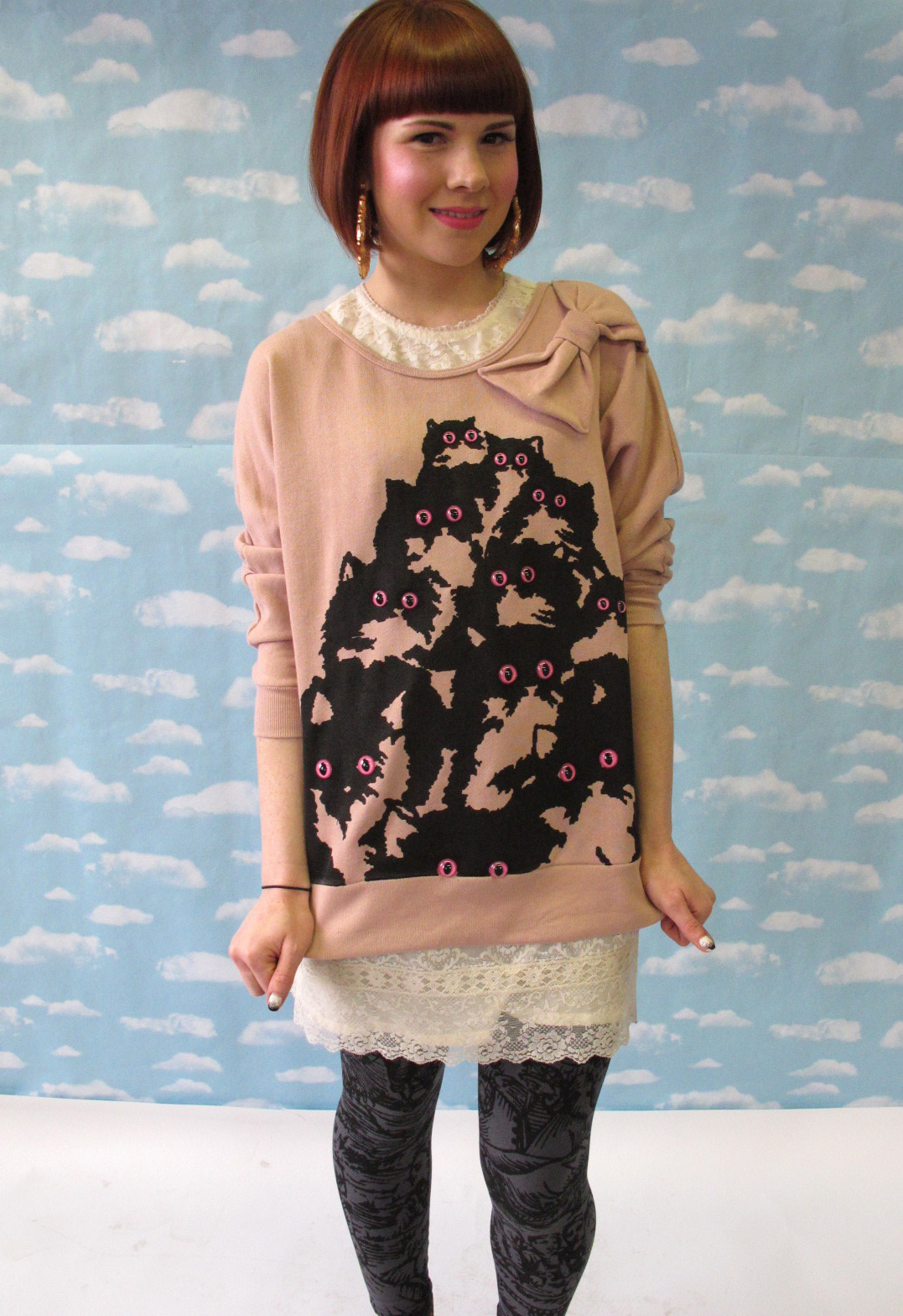 super cute pink kitty sweater with bow! pretty snake http://www.etsy.com/shop/PrettySnake