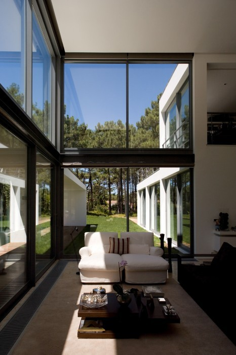 House by Federico Valsassina Arquitectura. Submitted by itsaboutinterior
