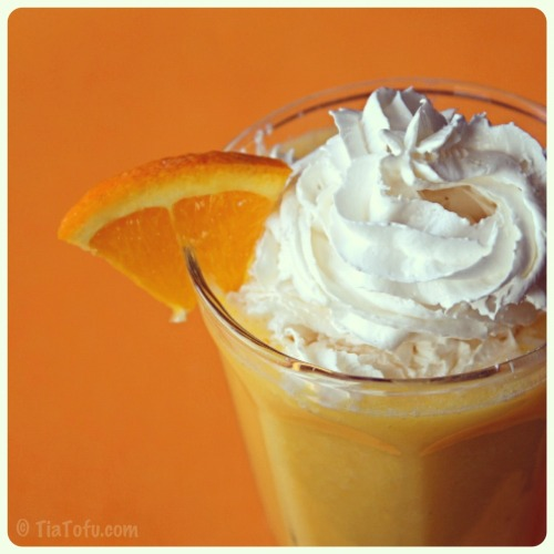 Orange Dream Milkshake.  Recipe:http://tiatofu.com/orange-dream-milkshake/