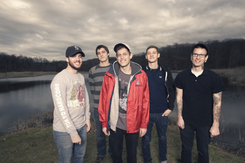 Such Gold have announced a mini-tour with Seahaven and Mixtapes. March11 - Frankie's Toldeo, OH*^12 - Keswick's Louisville, KY*^13 - Mojo's Columbia, MO*^%15 - Rogue Fayetteville, AR*^% 27 - Heirloom Arts Theatre Danbury, CT* - Mixtapes^ - Ghost Thrower% - Seahaven