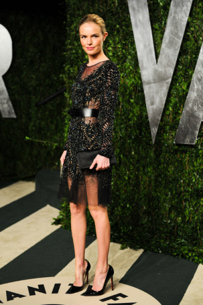 Kate Bosworth in Prabal Gurung. The Prabal Gurung Fall 2012 show was one of my favorites (I'd be lying if I said I didn't die over the gown that looked like pure liquid gold and had the perfect slit). Naturally Kate Bosworth killed it in one of my favorite Prabal Gurung dresses from the collection. Her slicked back hair was a great touch and it let the dress show itself, ugh can't get over it.