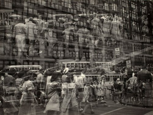 Detroit, 1943. Photo by Harry Callahan