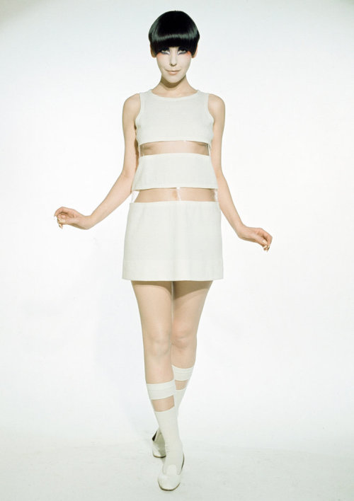 T Magazine: Clothes Encounters | Rudi Gernreich, Peggy Moffitt and William ClaxtonA new exhibit at the Museum of Contemporary Art's Pacific Design Center satellite in West Hollywood celebrates the work the three created together.