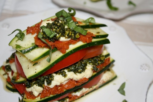 "prettybalanced:  Raw Pesto ""Lasagne"""
