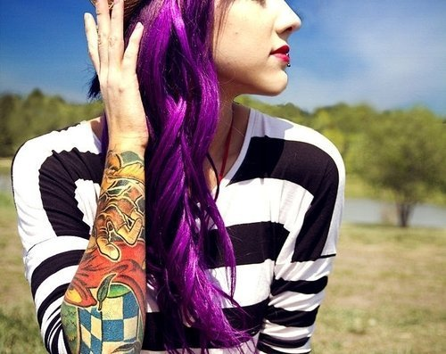 cherrylimeades:  Purple Hair♥