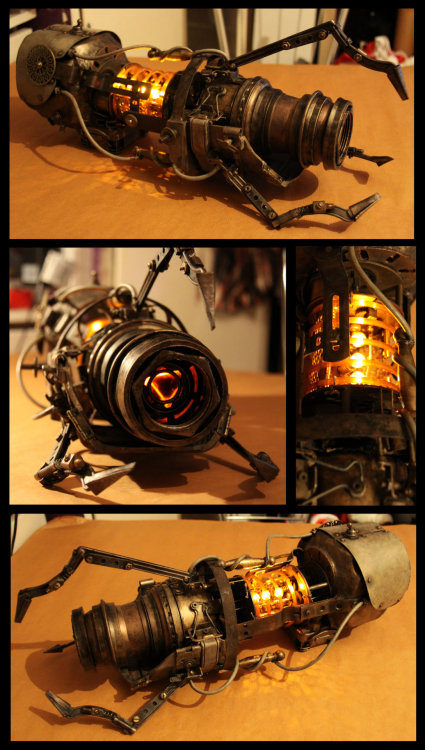 victorianclockwork:  It's a Portal Gun. But steampunk. Oh my god.  OMFG!!! I want!!!!! *o*