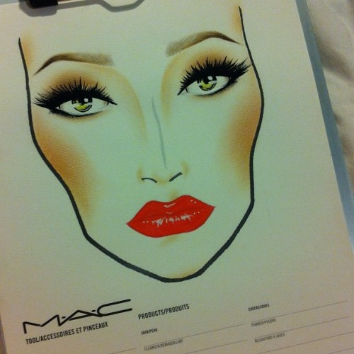gorgeous mac facechart. madddawggg:  And done #maccosmetics #mac #facechart #nofilter #vivaglamnicki #lashes #makeup #artistry (Taken with instagram)