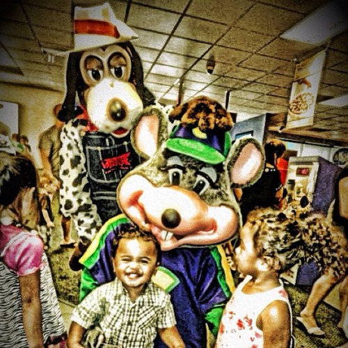 my babies with chucky & that dog lol #mybabies #kids #smile #chuckecheese #awesome #mydaughter #myson #boy #party #instagramhi #instagram #party #fun #smile #kids #ig_kids  (Taken with instagram)